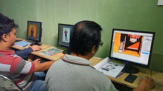 Pelatihan Photoshop Komputer Grafis Alfabank Yogyakarta Dinas Koperasi UKM Nakertrans Jogja 2