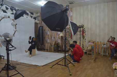 Program Fotografi Dan Desain Grafis 1 Tahun Alfabank