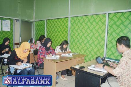 Program Perbankan 1 Tahun Alfabank