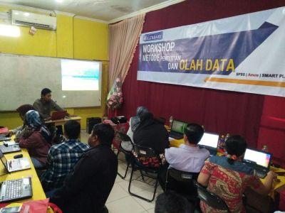 Workshop Olah Data SPSS, AMOS, SMART PLS Alfabank Yogyakarta 2