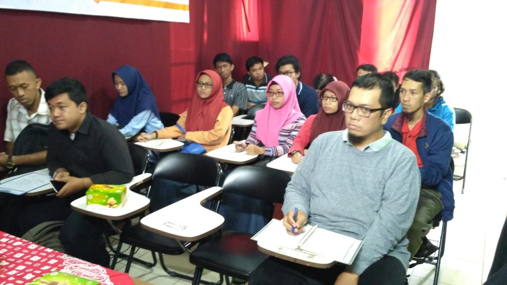 Pelatihan Komputer Grafis dan Website Alfabank Yogyakarta 4