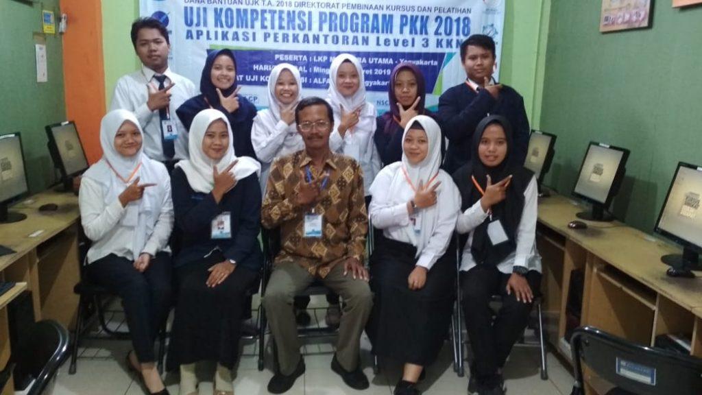 Uji Kompetensi CLCP LKP Magistra Utama TUK.TIK Alfabank Jogja