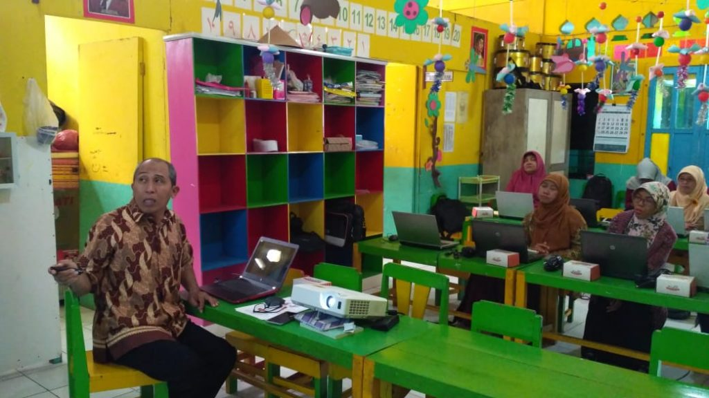Pelatihan Microsoft Office Guru TK ABA Ponggalan Giwangan